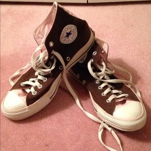 Converse high tops size 7.5
